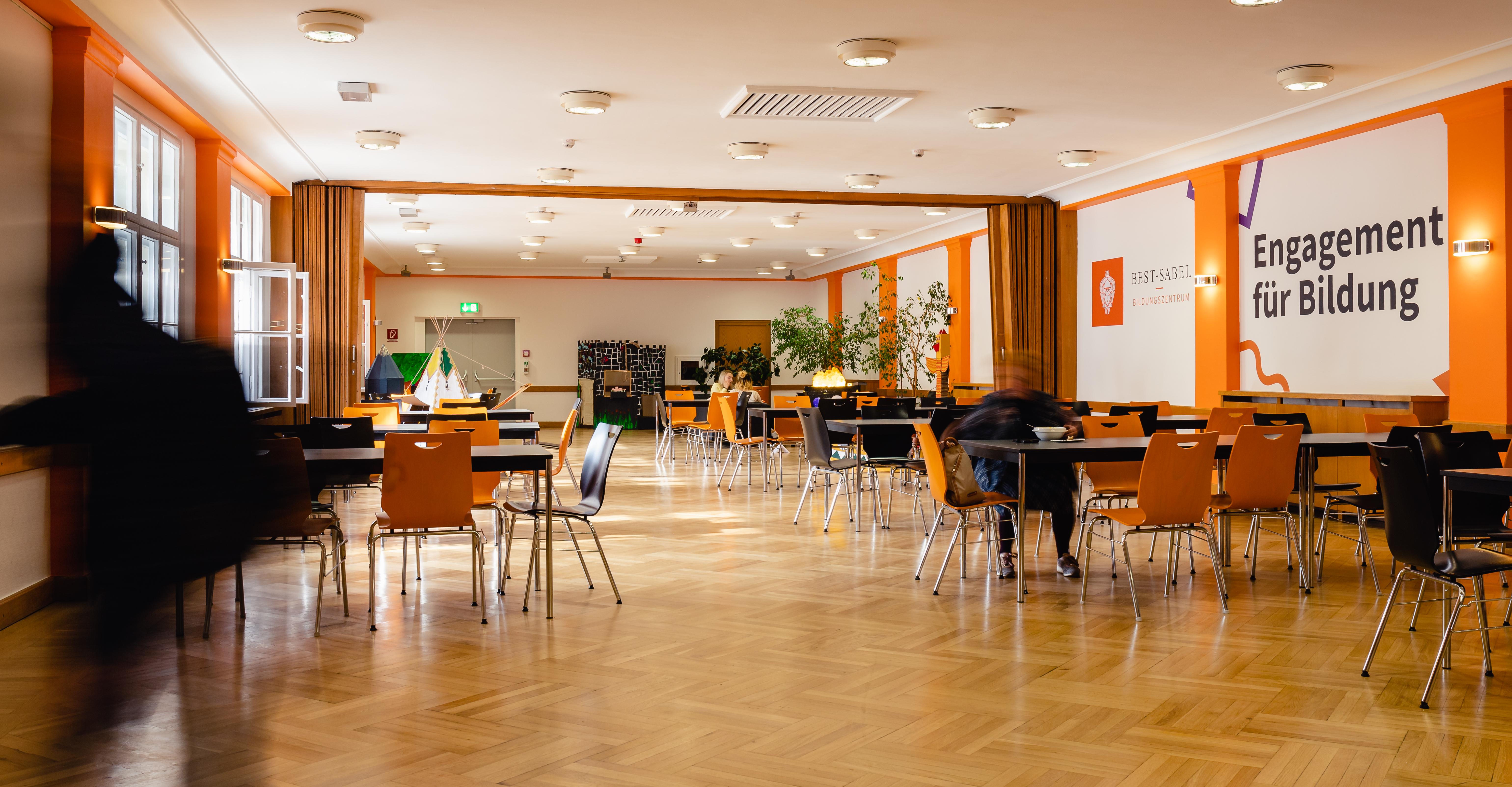 Cafeteria BEST-Sabel Designschule